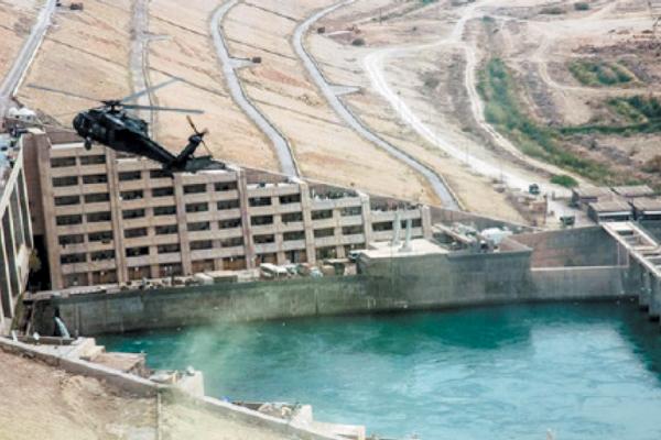 تجارت- فردا-  سد حدیثه در عراق که ادعا میشود در صورتی که داعش به آن دست مییافت میتوانست تولید برق عراق و پایتخت را کنترل کند.