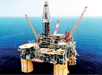 تعمیر مخازن نفتی؛ کاهش 30 درصدی صادرات نفت